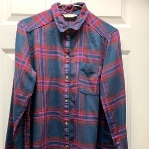 Hollister flannel top